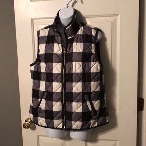 Old Navy Black and White Vest Sz Large